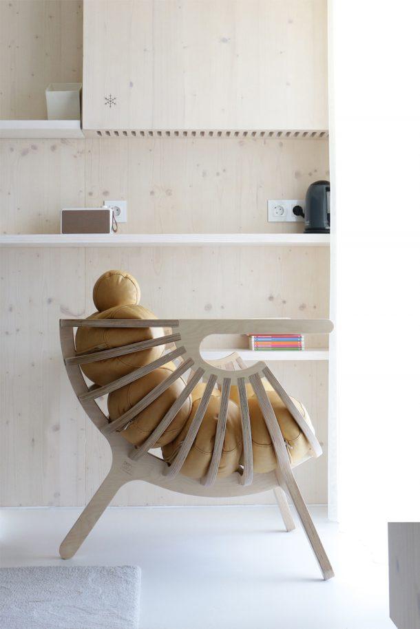 Shell lounge chair di Branca Lisboa