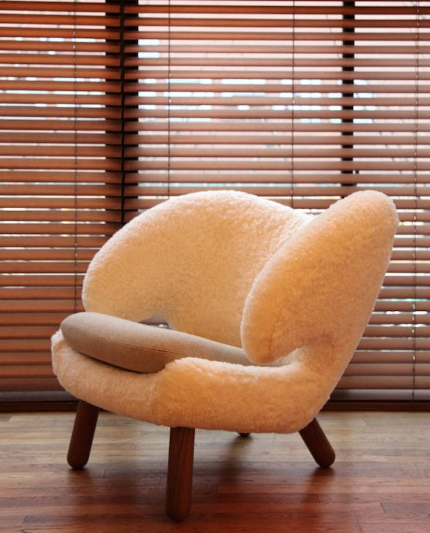 Pelican Chair Finn Juhl