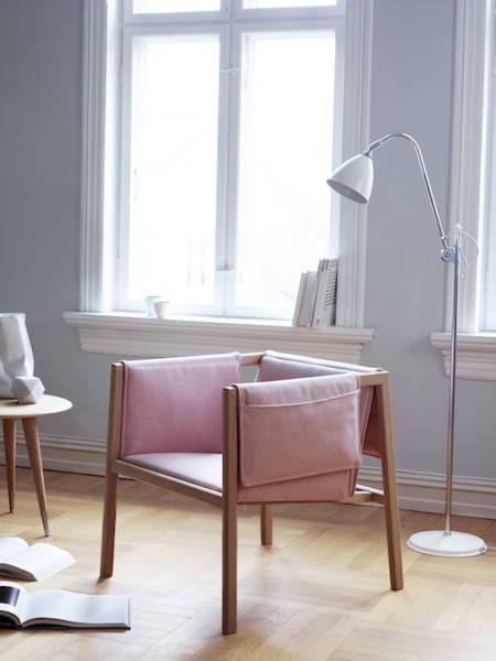 Slake: Saddle chair