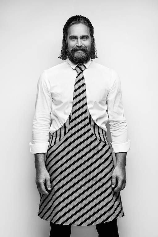 Tie&Apron: cravatta egrembiule
