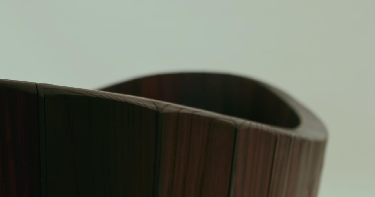 Khis Bath tub. La vasca da bagno in legno di ispirazione zen...