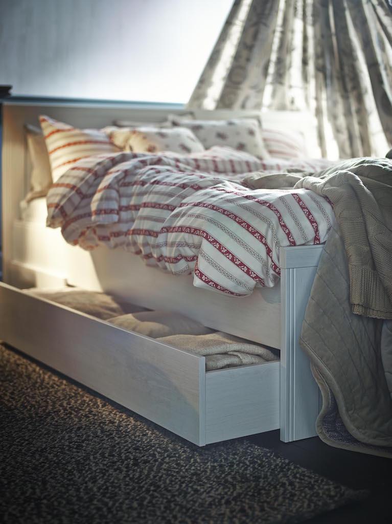 Il buongiorno si vede dal letto design street - Ikea letto brusali ...