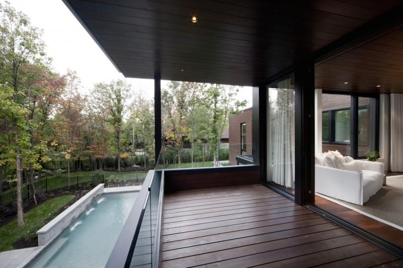 veranda house
