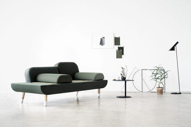 toward. un sofa in stile danese