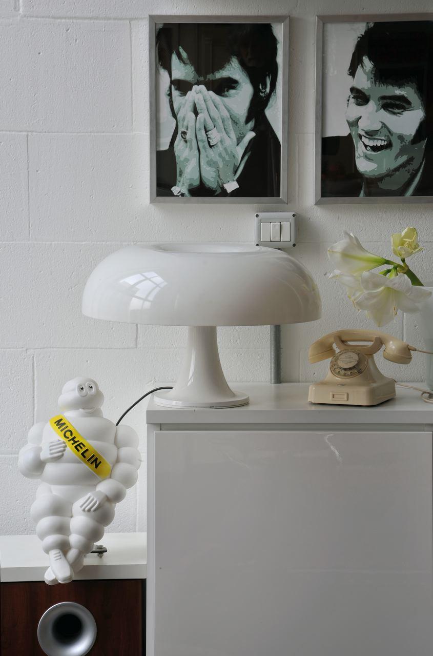 nesso di artemide una bella icona nata nel 1967. Black Bedroom Furniture Sets. Home Design Ideas