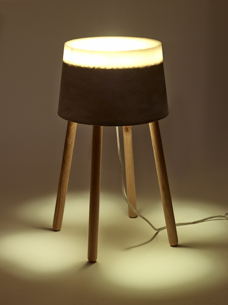CONCRETE LAMP: PARALUMI IN CEMENTO E SILICONE
