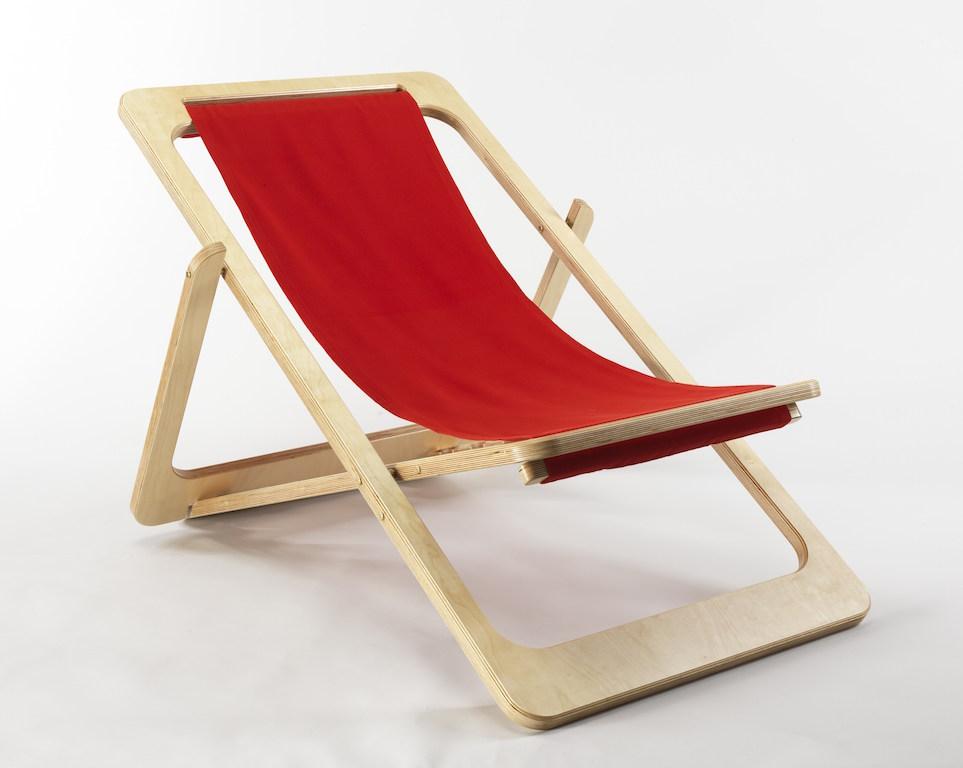 Sedia Sdraia O Sdraio.Una Sedia A Sdraio Di Design Per Interni Ed Esterni