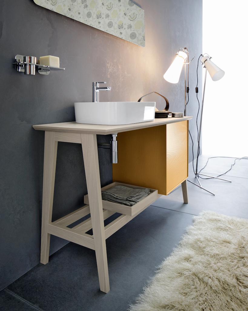 Una stanza da bagno vintage in stile anni 50 for Mobili anni 20