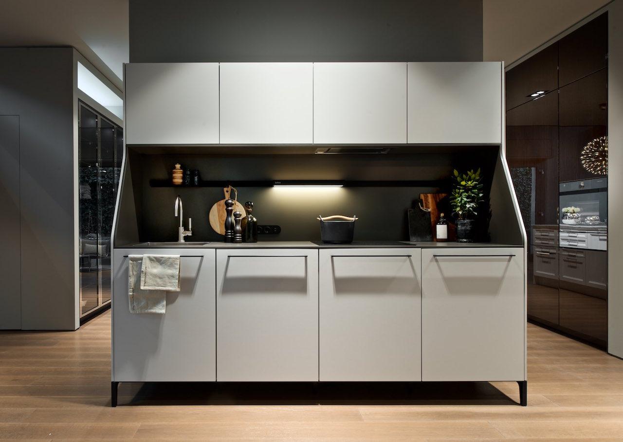 siematic reinterpreta la storica cucina razionalista. Black Bedroom Furniture Sets. Home Design Ideas