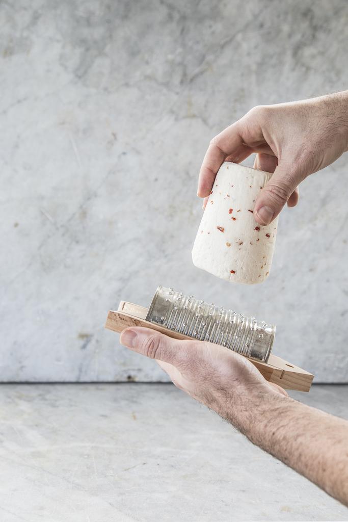 Utensili da cucina di design ispirati alla tradizione