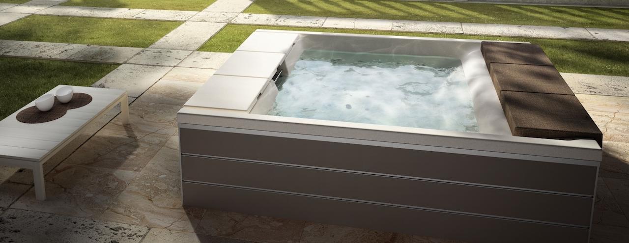 Una minipiscina per un bagno di relax anche in inverno - Teuco whirlpool ...