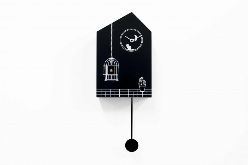 Moontime: orologio a cucu di design