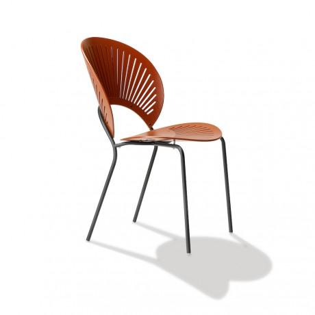 La sedia trinidad della storica designer danese nanna ditzel for La sedia nel design