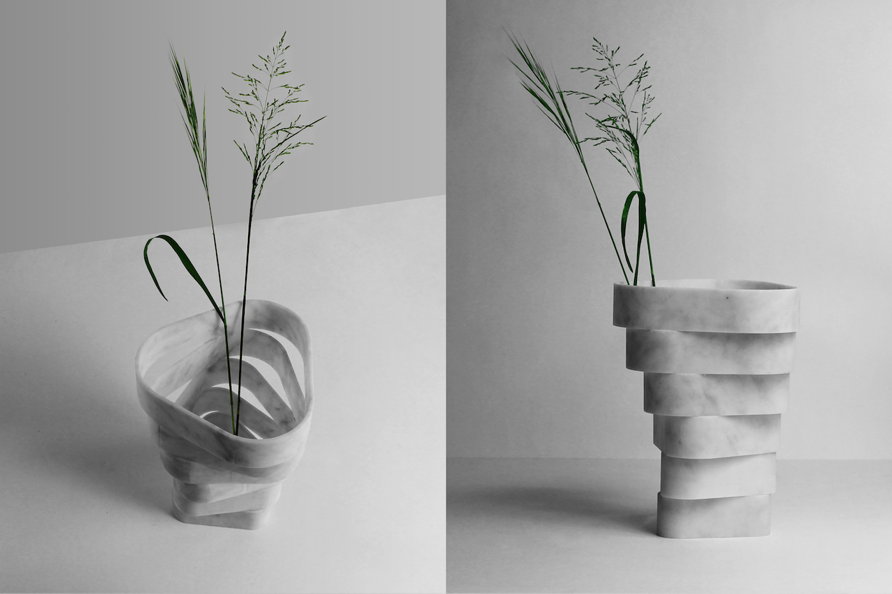Un vaso in marmo di carrara ad anelli sovrapposti for Vasi marmo