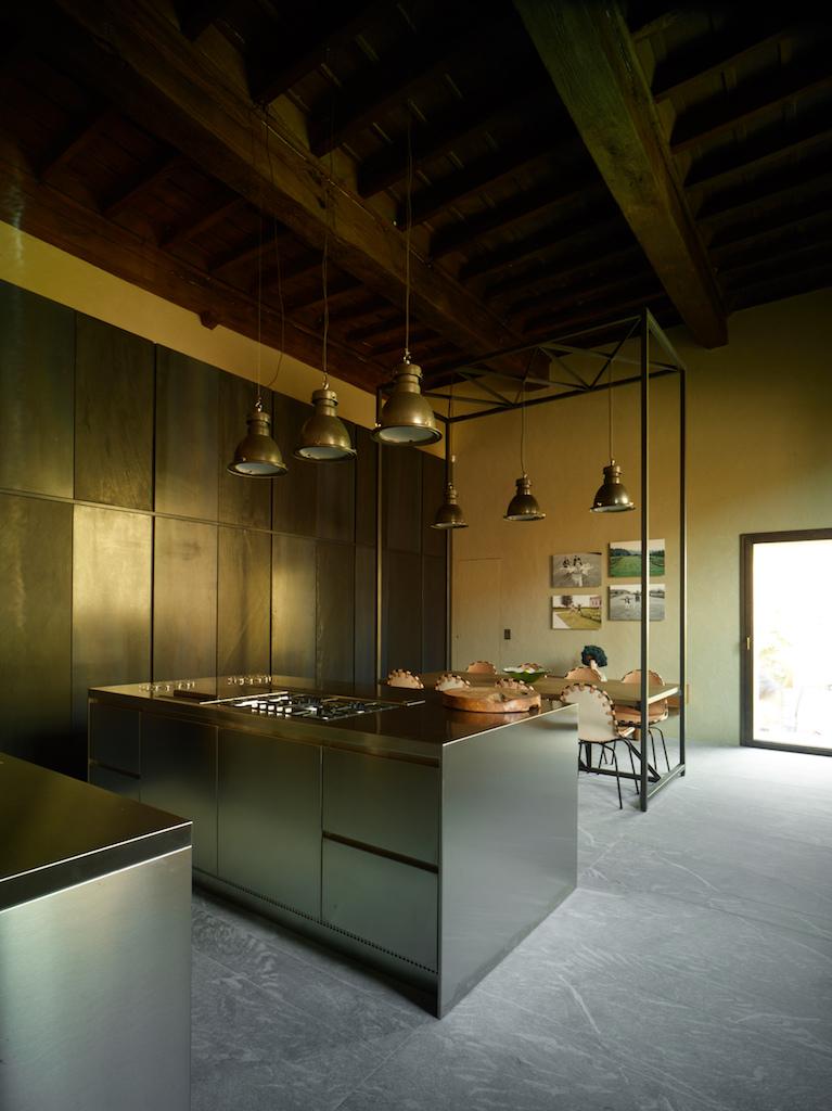 Da Abimis, una cucina industriale pensata per la casa