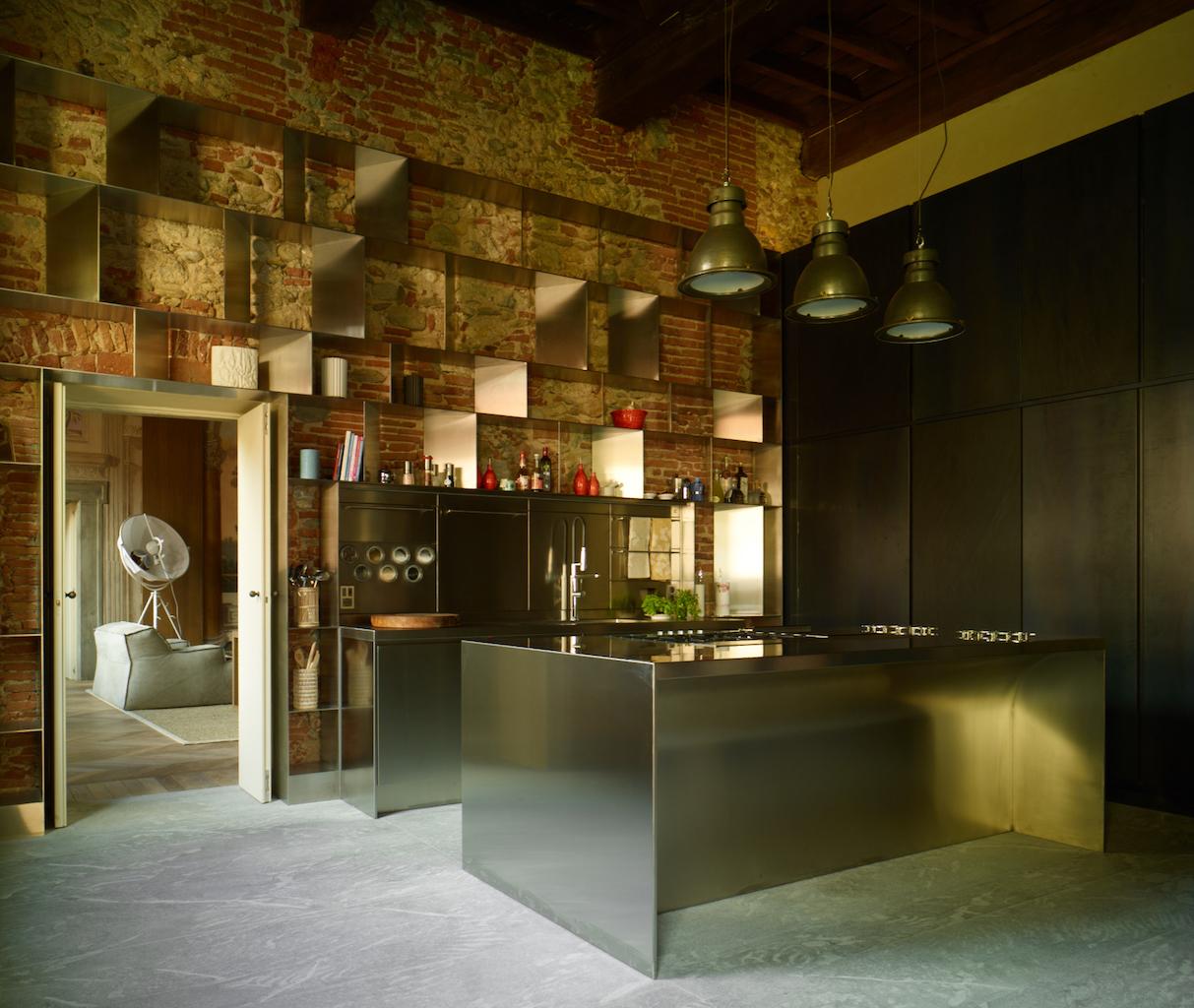 Da abimis una cucina industriale pensata per la casa for Piani del giroletto in stile missione