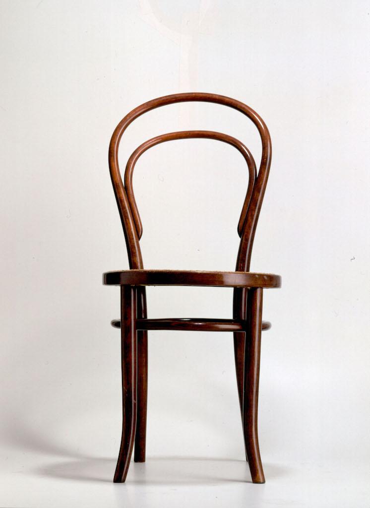 Thonet l 39 azienda che ha inventato il design moderno for Sedia thonet originale