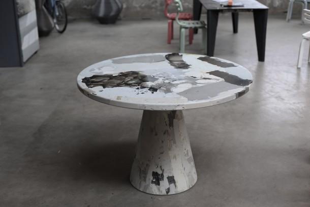 Melting Pot, il tavolo riciclato di Dirk Vander Kooij