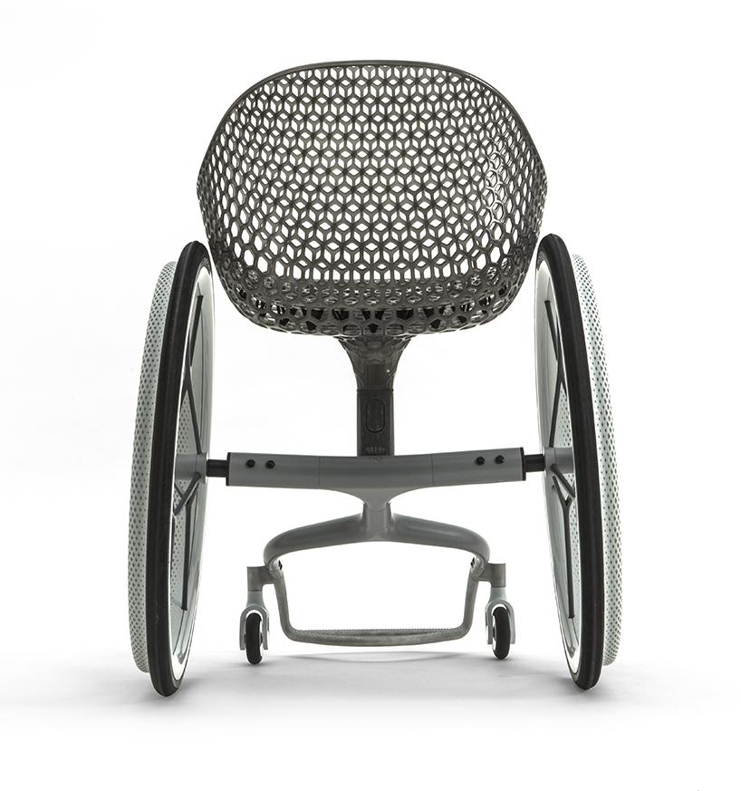 La prima sedia a rotelle di design stampata in 3d - La sedia di design ...