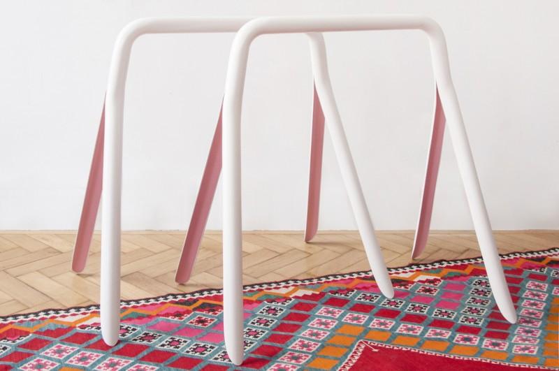 Split table by Louisa Köber