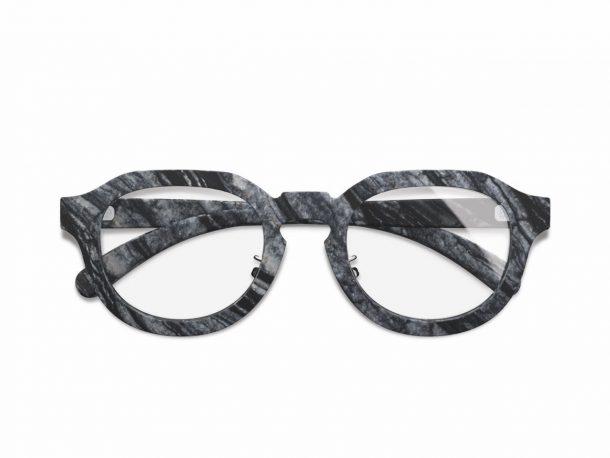 gli occhiali in marmo