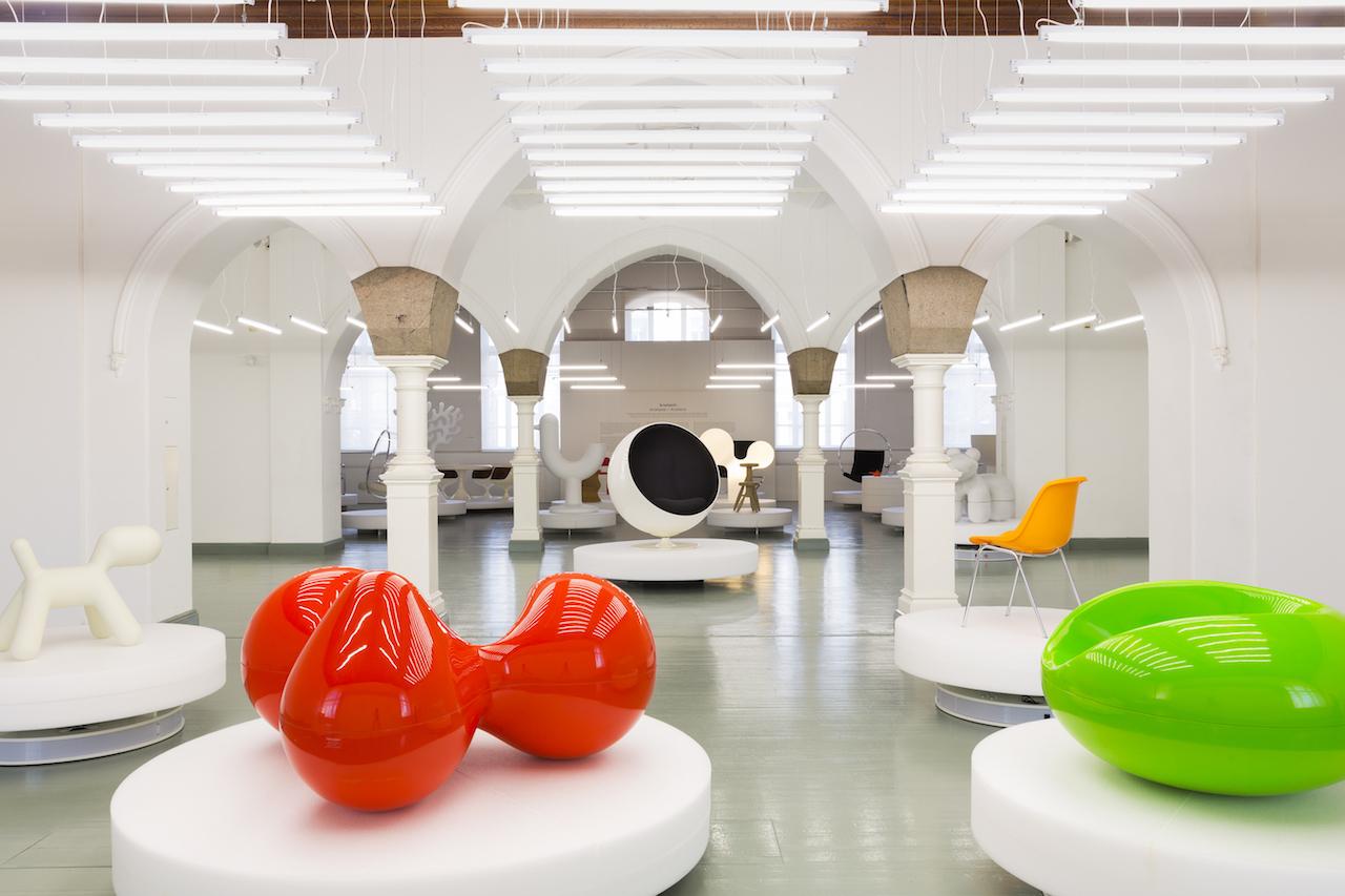 A Stoccolma, una grande mostra su Eero Aarnio
