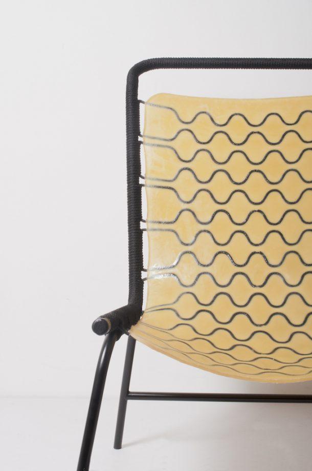 Cellastic, il tessile e l'elasticità in una poltrona