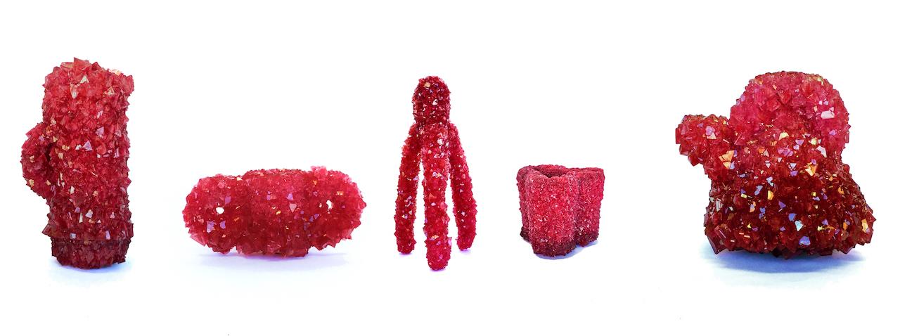 Crystal: gli oggetti cristallizzati di Isaac Monté