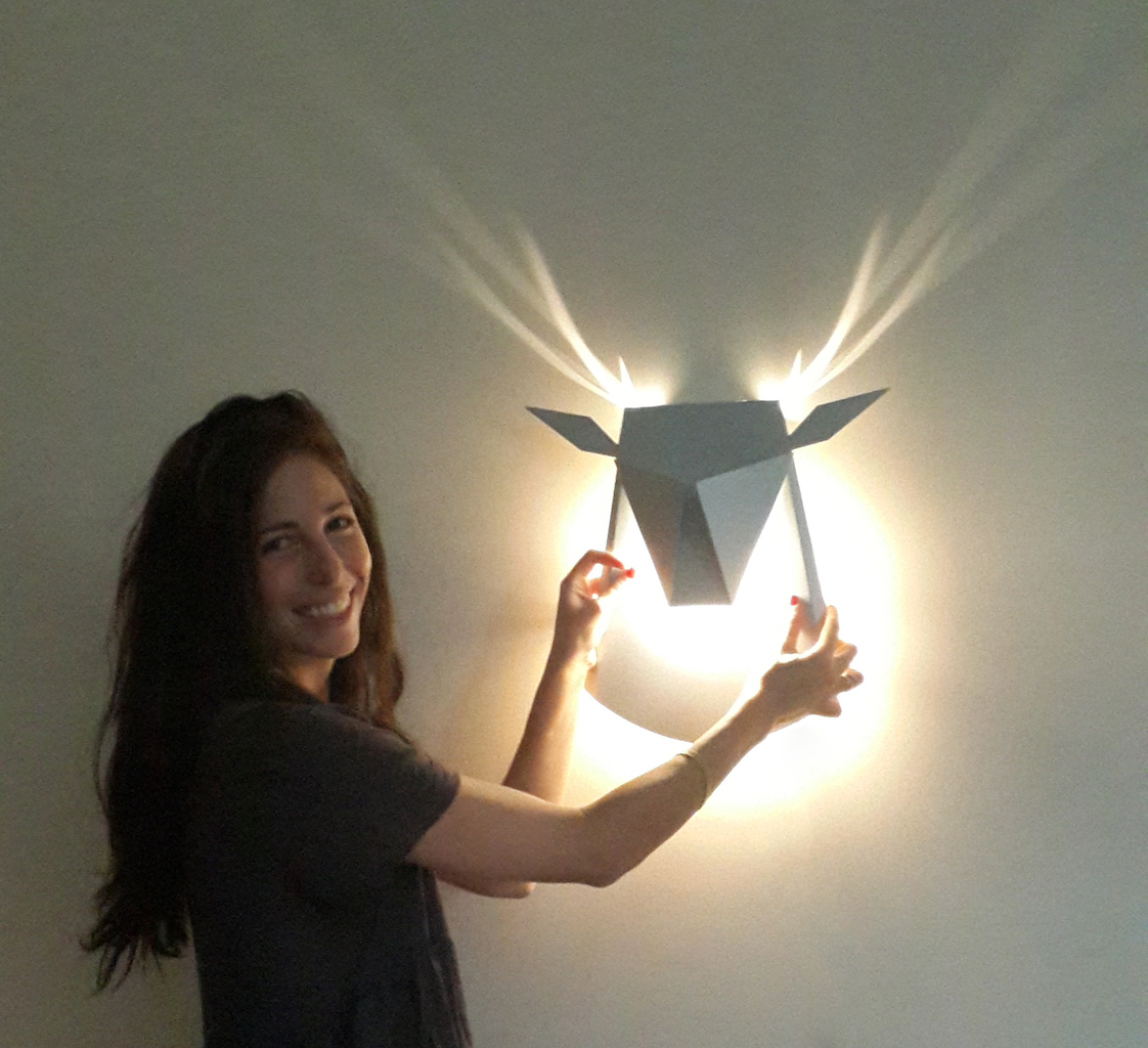 pop up lamp by Chen Bikovski. Deer Lamp