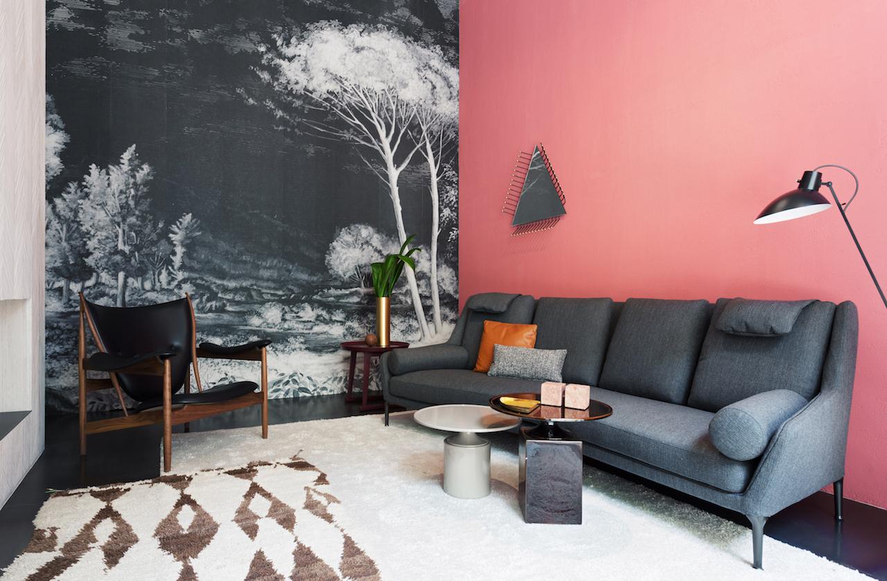 Studiopepe firma il restyling dei 2 negozi spotti milano for Wall and deco showroom milano