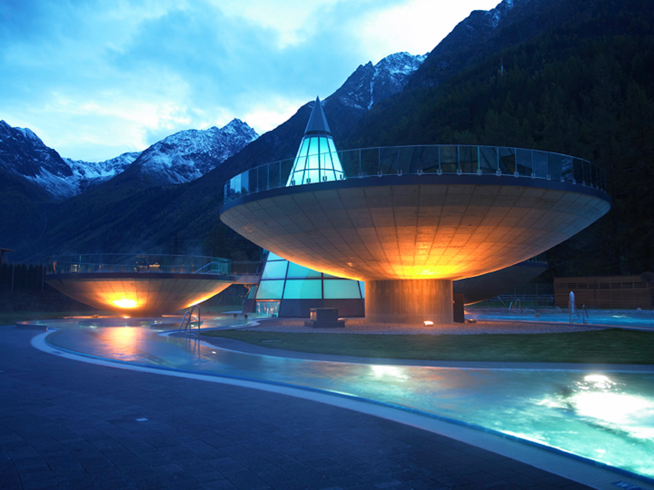 Aqua Dome Tirol. Outdoor pool 2