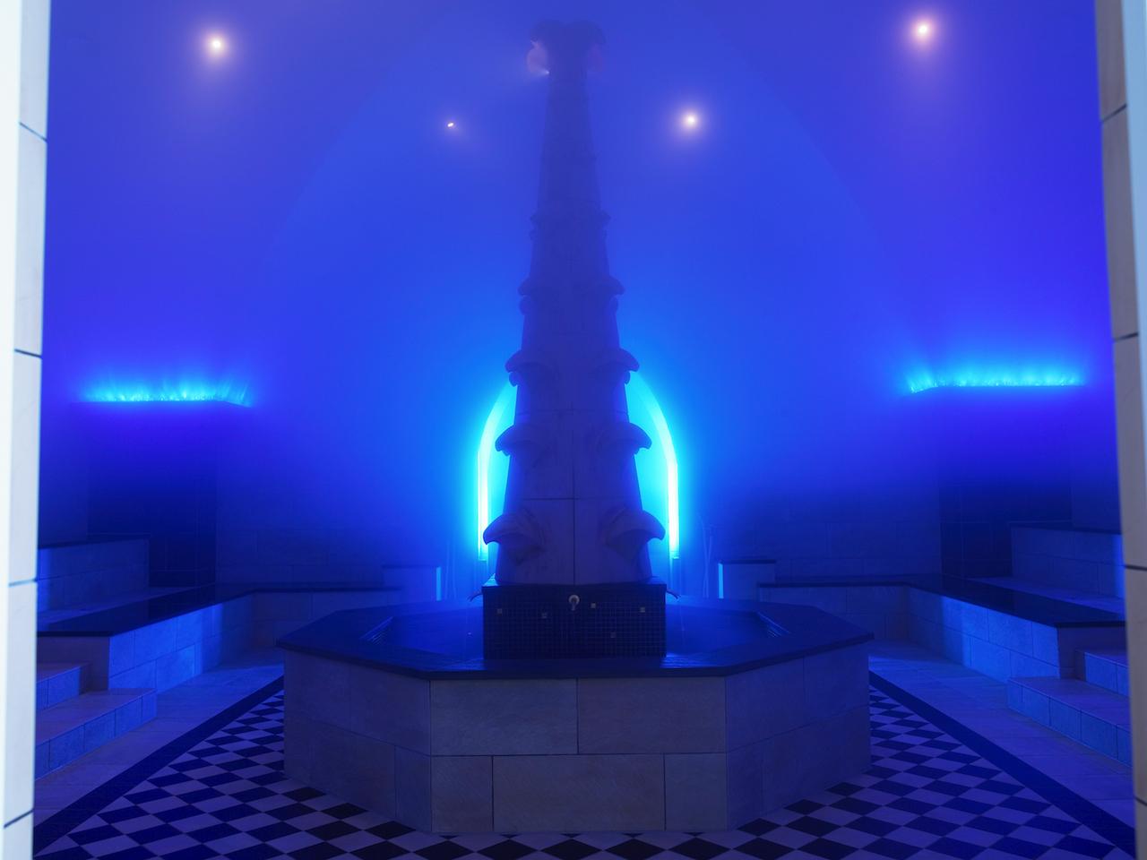 Aqua Dome Tirol. steam dome