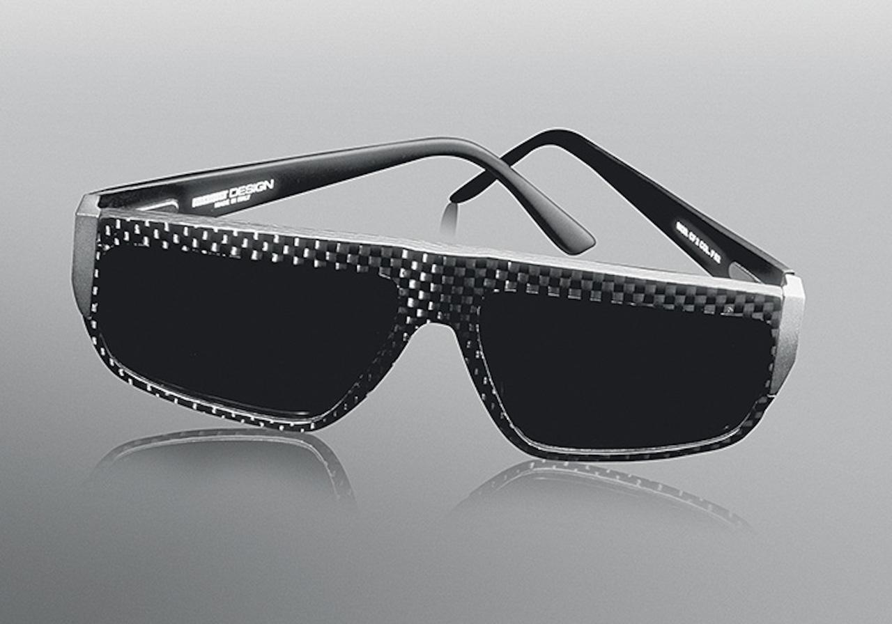 MOMODESIGN. occhiali in carbonio
