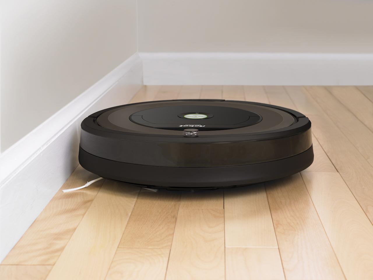 I robot aspirapolvere roomba serie 600 e serie 800 for Roomba aspirapolvere e lavapavimenti
