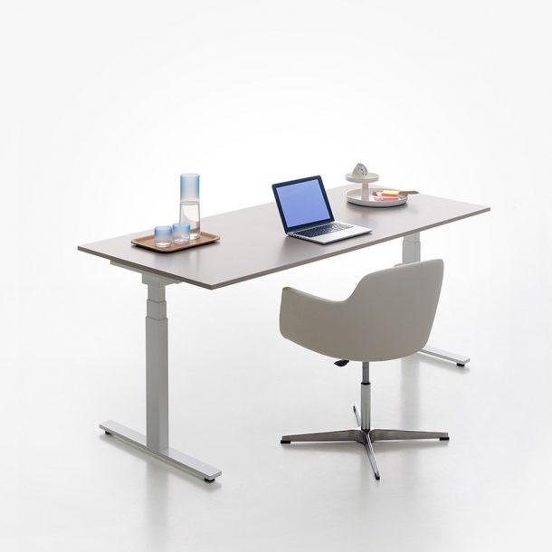 scrivania regolabile