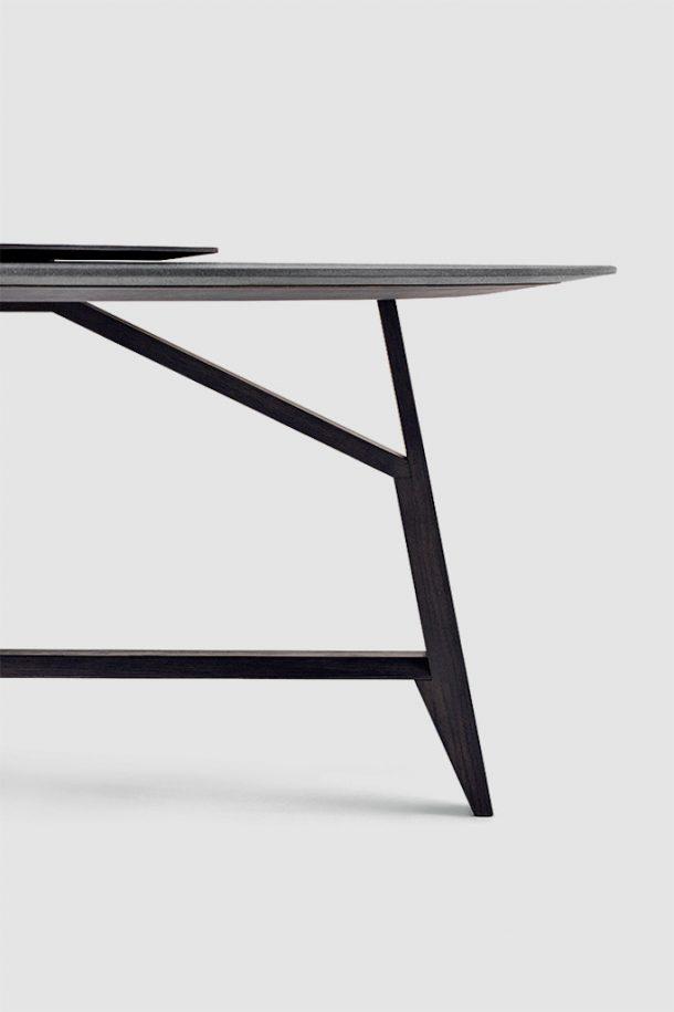 tavolo legno pietra