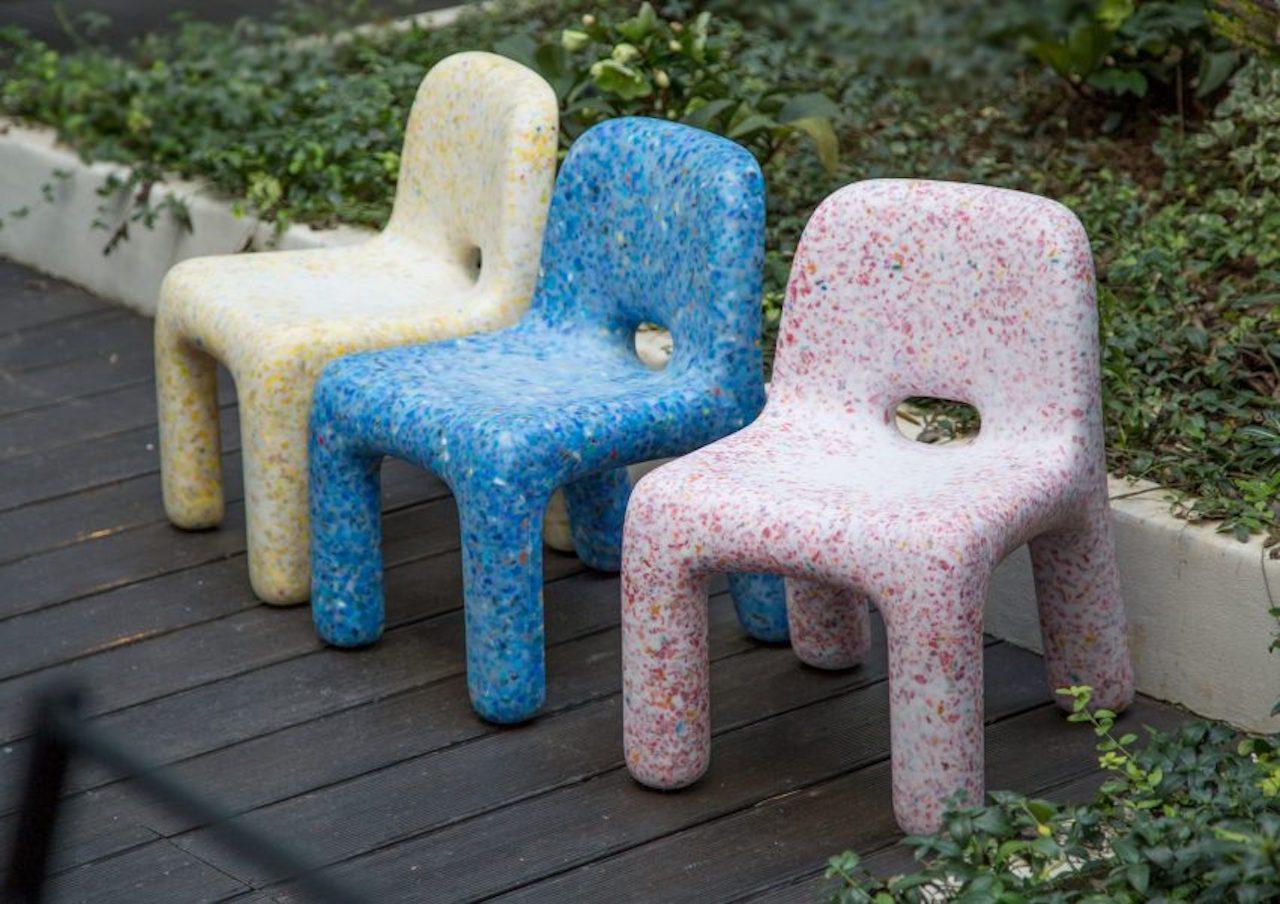 Sedie In Plastica Riciclata.Ecobirdy Quando La Plastica Riciclata Si Trasforma In Arredo Per