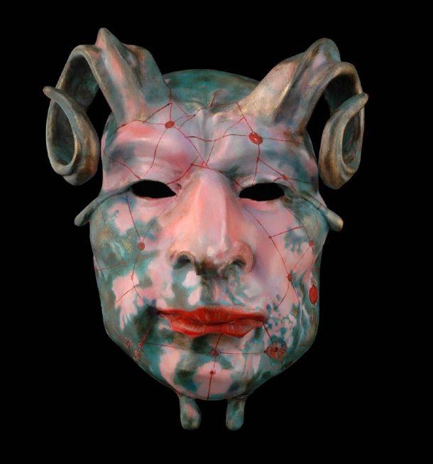 Fucina Madre Matera maschera arcaica in cartapesta