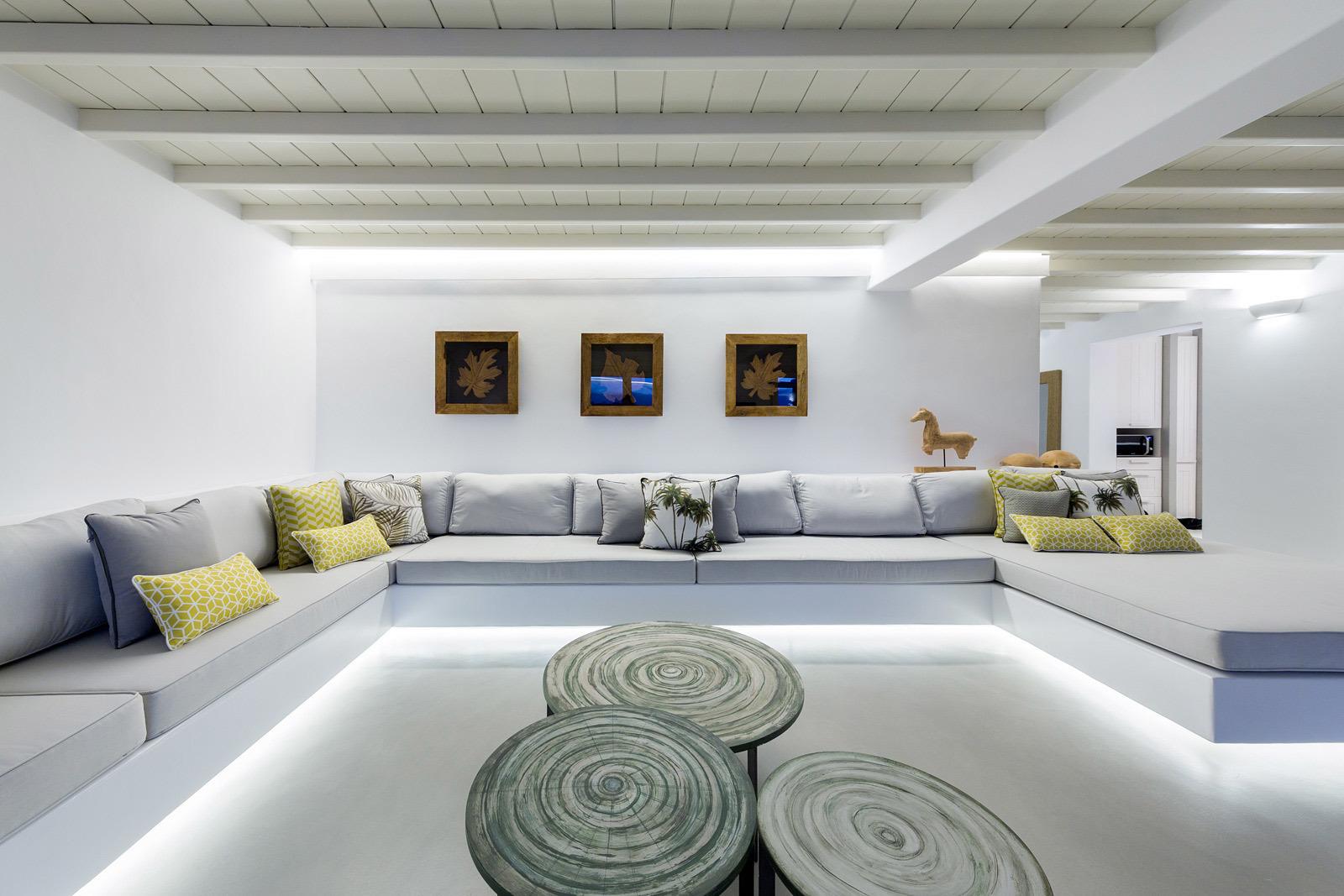 Ecco come illuminare la cucine e la zona living con le strip led - Strisce a led per interni ...