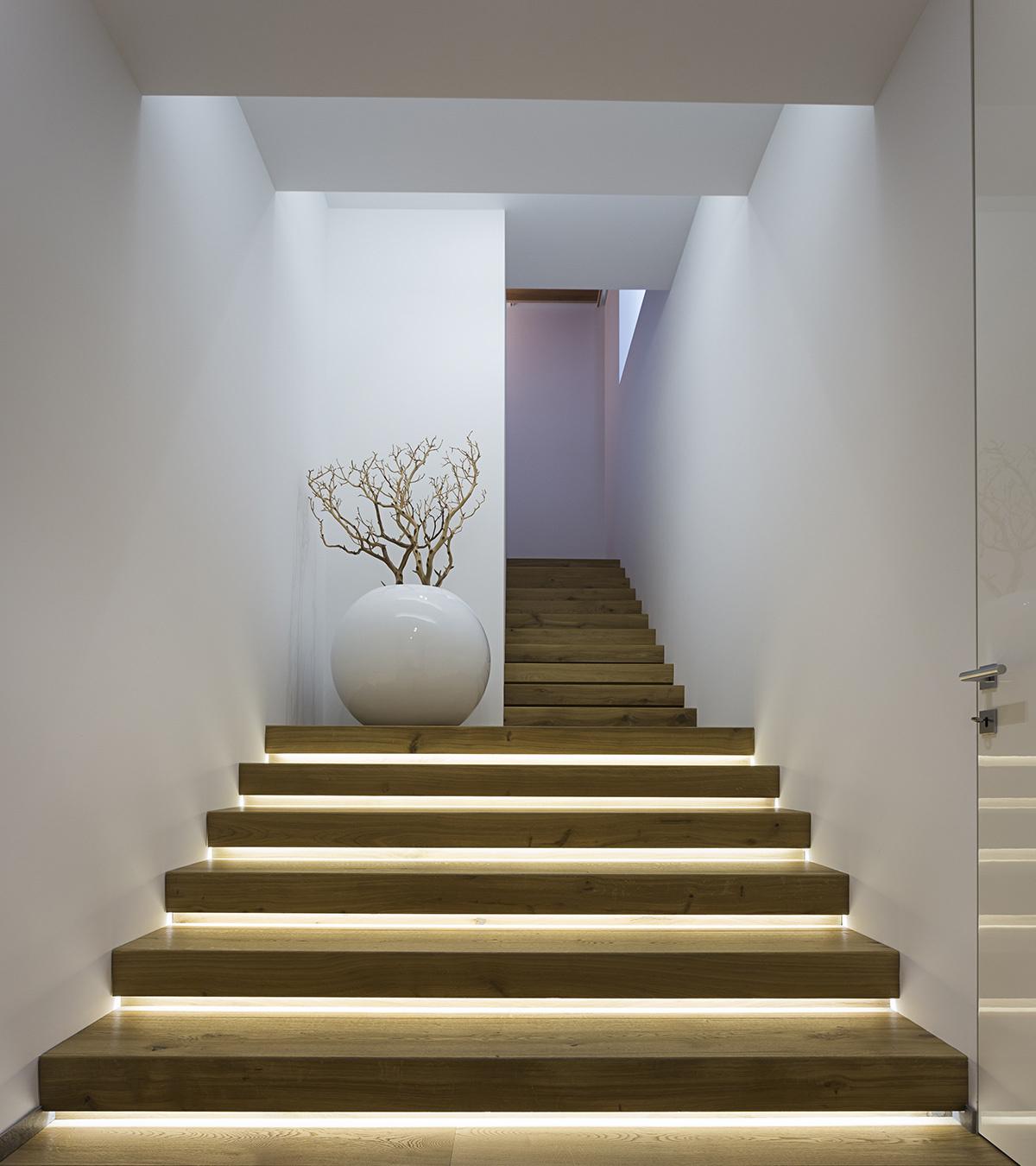 strip led per illuminare la casa Led, Scale, Illuminazione