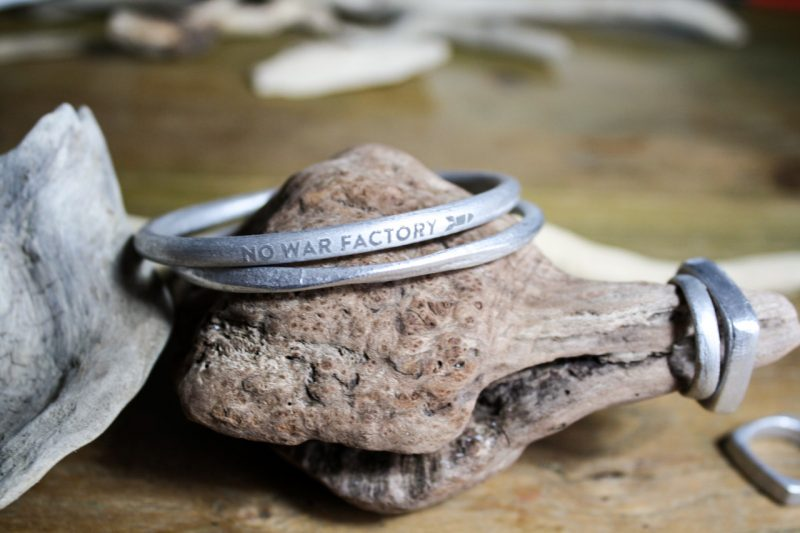 No War Factory: gioielli nati dagli scarti delle bombe