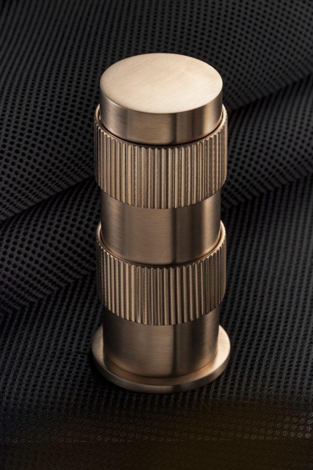 rubinetti di design con finiture metalliche