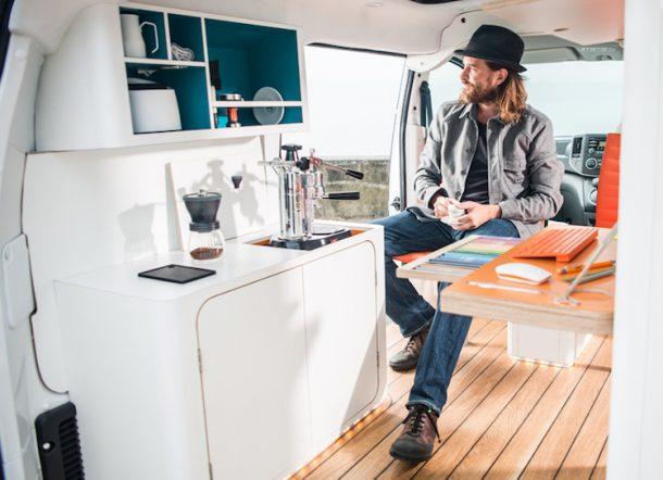 Caravan NV 350 office pod concept di Nissan